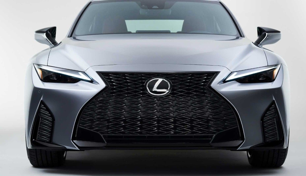 Lexus IS 2021 Review