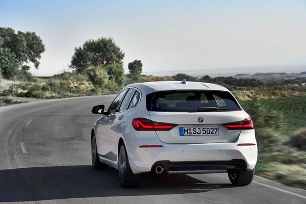 Review of the All New BMW 118i Sport Line F40 2020 Rear