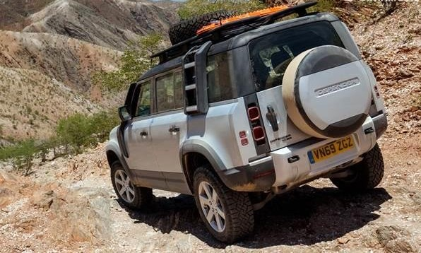 Land Rover Defender 2020 Review